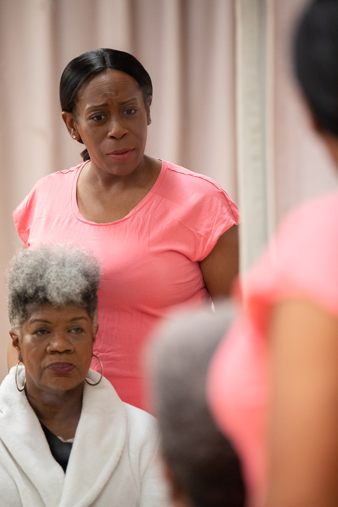 Pictured (L - R): Shirley Smallwood as Carolyn and Cece Suazo as Veronika in Chisa Hutchinson's DEAD AND BREATHING, Directed by AeJay Mitchell; A Theatre Rhinoceros Production at the Gateway Theatre. Photo by Steven Ho.